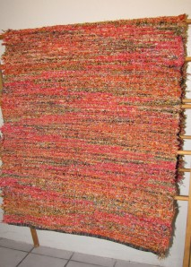 Wool shag, 36inx86in, Crushed Ladybug